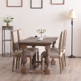 Solid Wood Dining TablesおよびChairs Setの厚いLegs