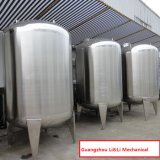 Grande tanque de água da baixa pressão