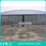 De glijdende Poort van de Hangaar van Vliegtuigen