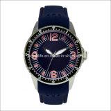 Reloj de goma de acero luminoso especial de los hombres de Stainelss del brazo