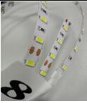 ロールDC 12V 7.5W/Meter SMD 5050 30LEDs /Meter RGB LEDの滑走路端燈ごとの5メートル