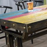 Деревянная цветастая обедая таблица для домашней пользы трактира
