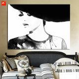 Decoração preto e branco da parede do retrato da mulher