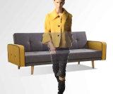 Kd 팔과 나무다리를 가진 디자인된 밑바닥 Sofabed