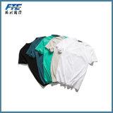 Maglietta o maglietta in bianco di abitudine con il marchio di UR