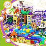 Innenspielplatz-Fabrik in Guangzhou China, Fiberglas Gavalnized Rohr. Trampoline-Rollen-Spiel-Haus