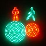 Le feu de signalisation avec vont arrêt