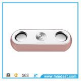 USBのプラグの無線Bluetoothのスピーカーが付いている最新の小型低音