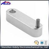 医学のためのCNCのアルミニウム機械化の部品を処理する金属