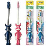 Cepillo de dientes plástico al por mayor del niño, cepillo de dientes lindo del cabrito
