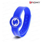 Montre extrêmement confortable supérieure des Wristbands RFID de silicone des actions RFID de plaine de niveau pour des expositions