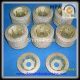 진공에 의하여 놋쇠로 만들어지는 다이아몬드 컵 바퀴