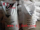 La soda caustica del grado di industria di purezza di 99% imperla (NaOH)