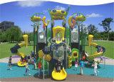 Kaiqi ausländische Serien-im Freien Plastikspielplatz mit multi Bergsteigern und Plättchen