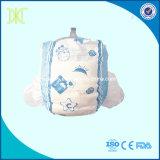 Nouvelle couche-culotte remplaçable doucement respirable libre de bébé témoin de produit