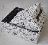 Rectángulo de almacenaje de la tela con la cubierta