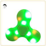 Fidget Hands Fidget Spinner Toy Lumière LED avec haut-parleur Bluetooth Alimentation USB