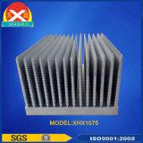 Radiador fuerte de las aletas de enfriamiento del disipador de calor de la dimensión de una variable de la torre para el equipo