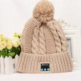 입체 음향 헤드폰을%s 가진 무선 전화 Bluetooth 베레모 모자가 2016의 새로운 디자인 형식 겨울 여자 남자에 의하여 뜨개질을 했다