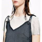 Form-Frauen-reizvolles dünnes Streifen-Spitze-Verband-Kleidung-Beleg-Kleid