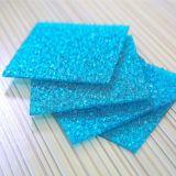青いタイの安いポリカーボネートによって浮彫りにされるシート