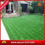 Jardín artificial del césped de la hierba artificial de la piscina