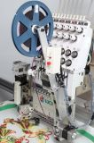 Machine de broderie à tête unique avec pince-fil et dispositif de cordage