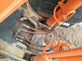 Escavatore utilizzato molto buon Hitachi Zx 240-3G del cingolo di condizione di lavoro (fatto in 2015)