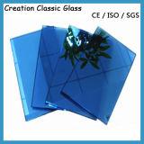 Het donkerblauwe Blauwe Weerspiegelende Glas van de Doorwaadbare plaats voor Budling