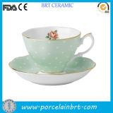 Oro Rim Rosa Vintage Ceramic Tea Cup con Saucer