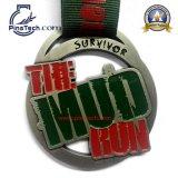 Personalizado Medalla de ejecución con acabado de plata antigua Cinta de seda de socorro