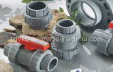 Vávula de bola doble de la unión del PVC para la irrigación con ISO9001 (BSPT/NPT)