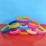 Abitudine braccialetti della gomma dei Wristbands del silicone di 2 strati