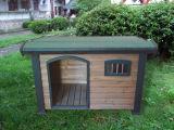 Pequeñas perreras de madera del perro para la venta