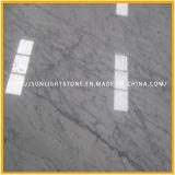 Polished мрамор Bianco Carrara белый для ванной комнаты кроет верхние части черепицей тщеты