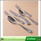 Couverts de vaisselle de cuillère de fourchette de couteau d'acier inoxydable de qualité