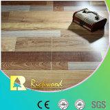 El anuncio publicitario 8.3m m E1 HDF AC3 grabados impermeabiliza el suelo laminado