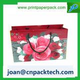 avec le sac de papier étanche à l'humidité imperméable à l'eau de configuration de fleur