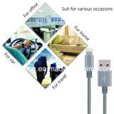 Le tissu en nylon a tressé Pin 8 à l'USB chargeant le câble de caractéristiques de synchro