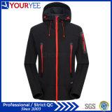 高品質のフード付きのSoftshellの現実的なジャケットの屋外の防水ジャケット(YRK111)