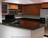 Kitchen (YQG-GC1004)のための磨かれたアンゴラBlack Granite Countertop