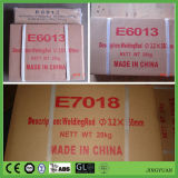 Staaf E6013 2.5mm van het Lassen van de Elektrode van het Lassen van de Waterstof van het Poeder van het ijzer de Lage