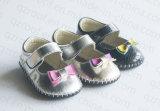 Новый PU типа 2016 ягнится ботинки для ребёнков (RF16423)