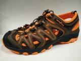 Лето людей обувает напольные сандалии комфорта