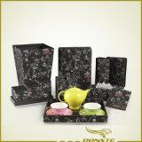 Кожа костюма гостиничного номера черная серия цветка тени