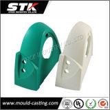 注入によって形成されるメーカー、高精度の白いプラスチック注入型の部品