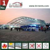 tienda enorme de la carpa de Arcum del palmo de los 40m con la azotea transparente para el acontecimiento deportivo