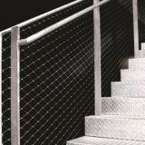 Ячеистая сеть нержавеющей стали лестницы