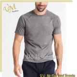 Les sports d'hommes amincissent les T-shirts en bonne santé de coton de Spandex de polyester