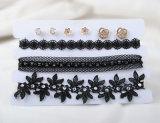 Drie Rijen van de Zwarte Reeks van de Oorring van de Nauwsluitende halsketting van Pu en van de Stof